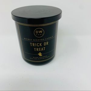 DW Home Trick or Treat Candle
